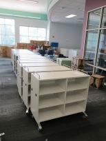 Straight rolling shelves